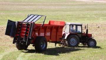 Навозоразбрасыватель N-275 - 14 тонн